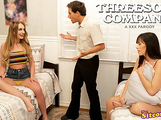 Threesome Company Lets Play Pretend - S3:E10