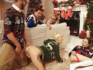 Christmas Family Sex - S1:E2